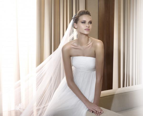 Wedding Saloon :: свадебное платье черно-белое - Свадебные платья